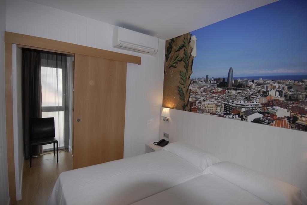 バルセロナ トランジット ホテル