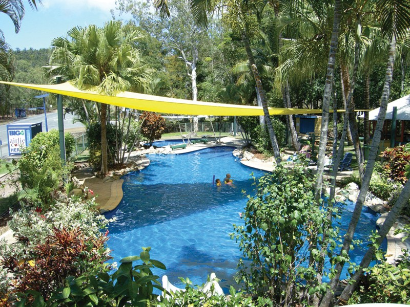 BIG4 Airlie Cove Resort & Caravan Park