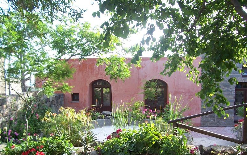 "Residence ""La casa dei fiori"" Pantelleria"