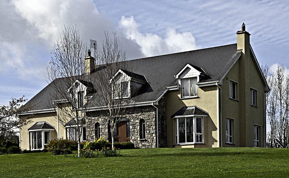 Tinil House