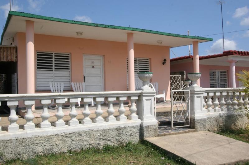 Villa Grisel y Juan