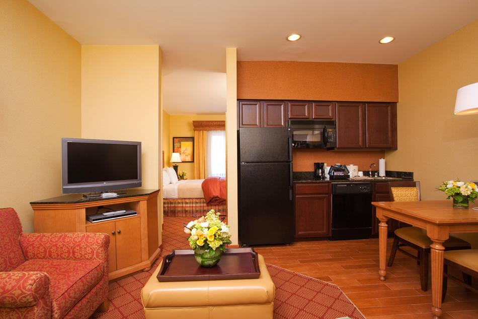 ‪Homewood Suites by Hilton Boston/Cambridge-Arlington‬