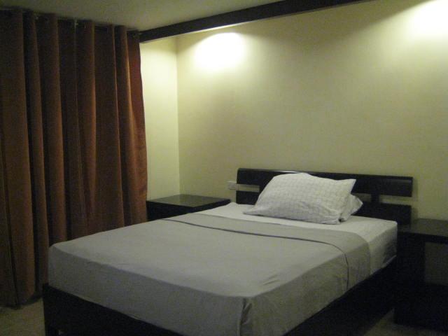 阿帕泰勒多米茨立歐洛倫索酒店