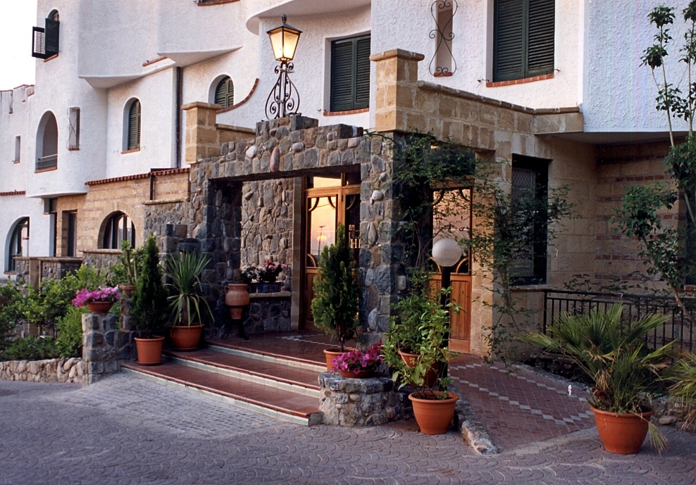 Himera Polis Hotel