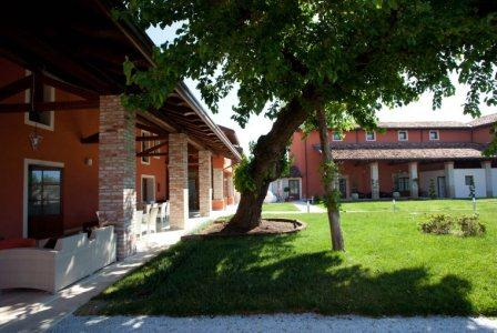 Hotel Antico Borgo Torricella