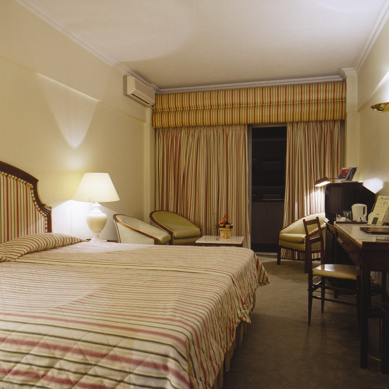 VIP 디플로마티코 호텔