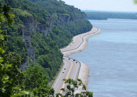 Things To Do in Great Rivers Scenic Route, Restaurants in Great Rivers Scenic Route