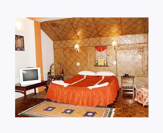 Hotel Phamrong