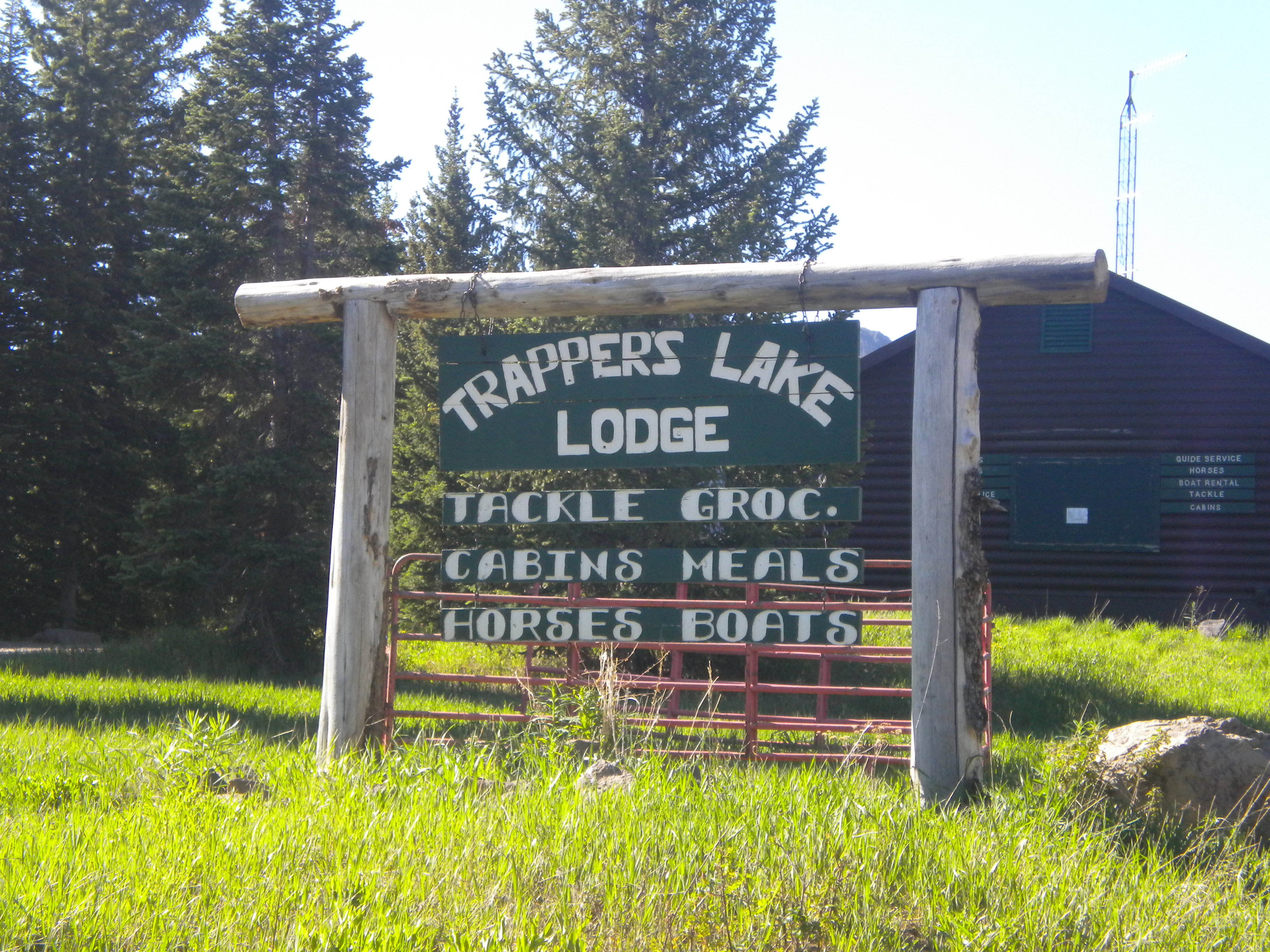 Trappers Lake Lodge & Resort