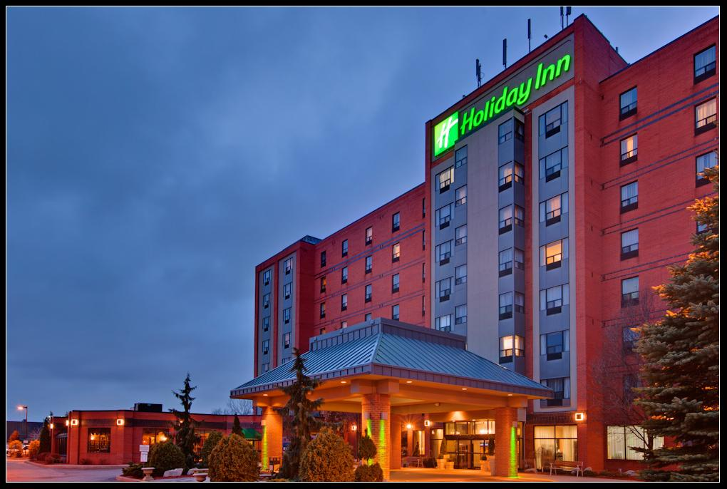 ‪Holiday Inn & Suites - Ambassador Bridge‬