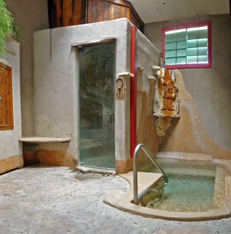 Blackstone Hotsprings Lodging & Baths