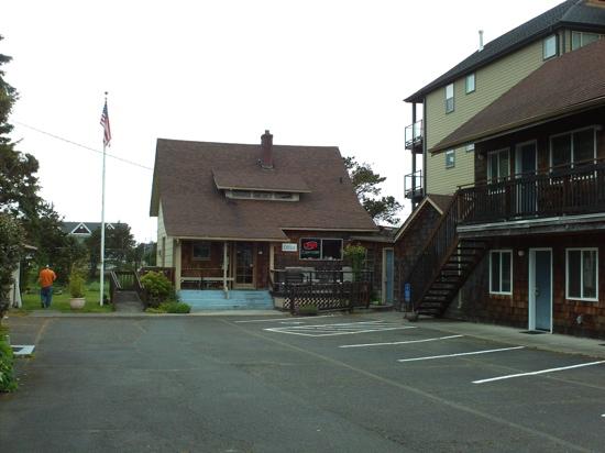 Seaside International Hostel