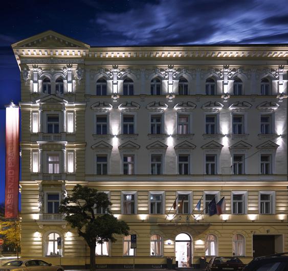 アッセンツィオ ホテル