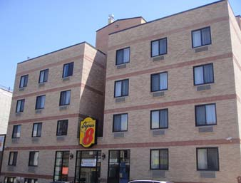 Super 8 Brooklyn / Park Slope Hotel