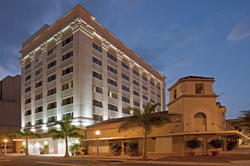 Hotel Indigo Fort Myers River District