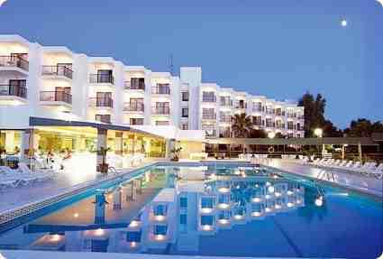 nereida aparthotel san antonio bay espaa opiniones comparacin de precios y fotos del hotel tripadvisor