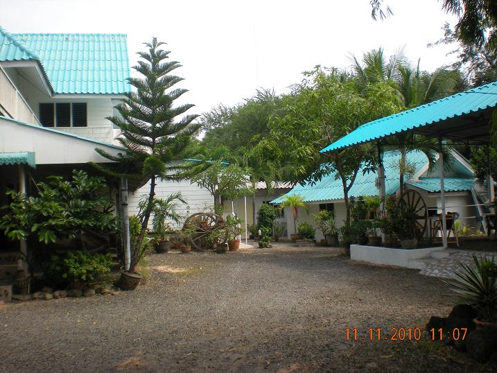 P.California Inter Hostel
