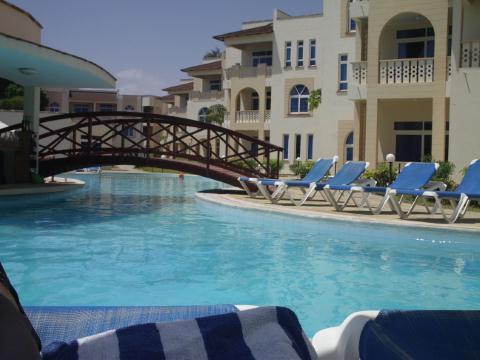 Pa Pweza Adamsville Beach Suites