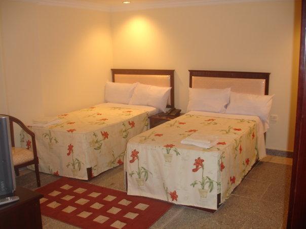 Dandas Hotel