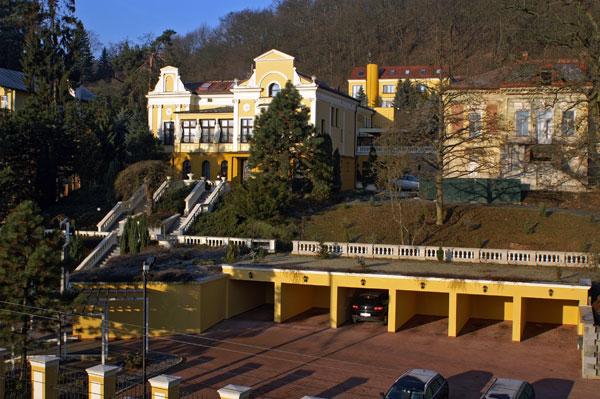 布爾諾公園酒店