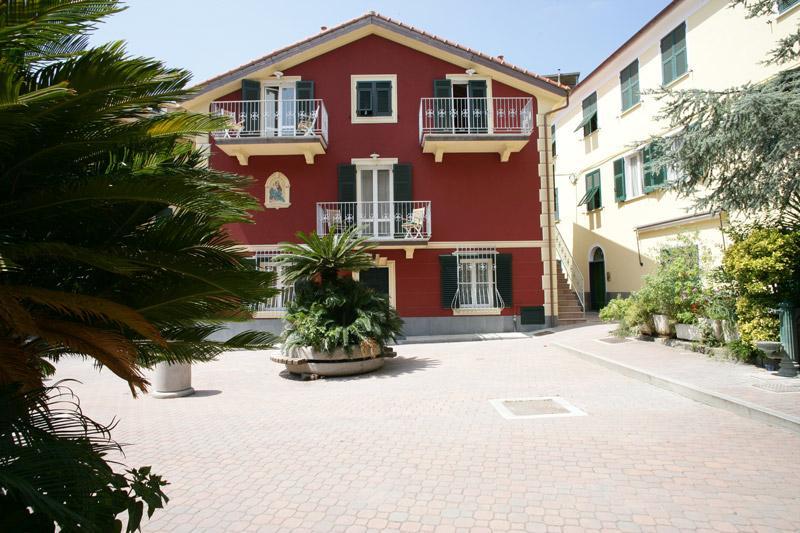 """Appartamenti Vacanza """"In Piazzetta"""""""
