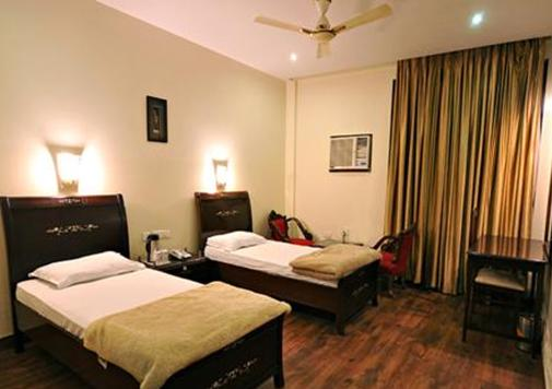 Meriton Hotel and Resort