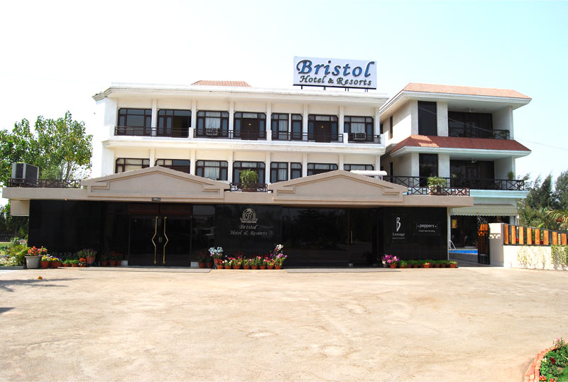 Bristol Hotel & Resort