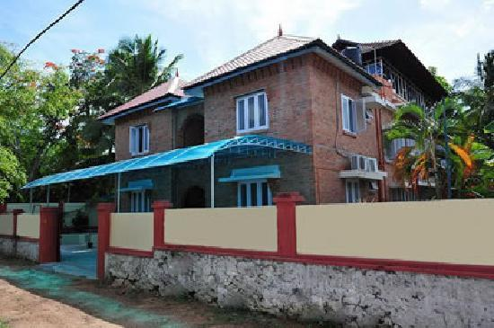 Bon Ami Service Villa