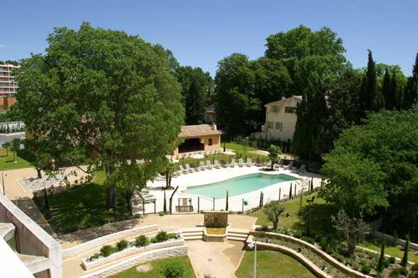 호텔 노보텔 엑상 프로방스 퐁 데 라르 페누일레레