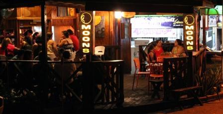 Moons Bar & Tapas