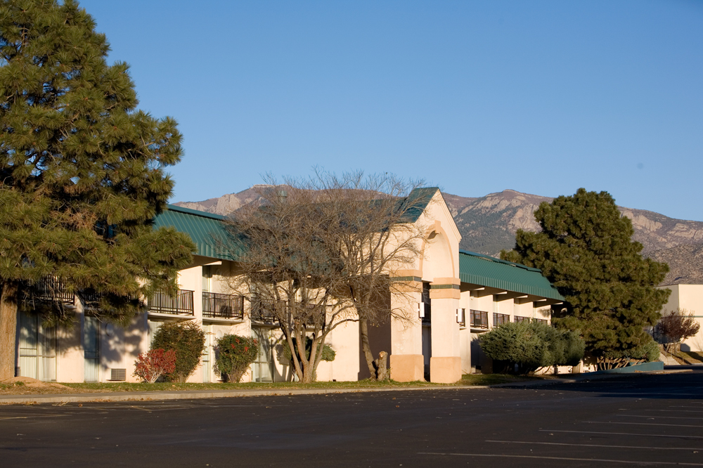 Ramada Albuquerque East