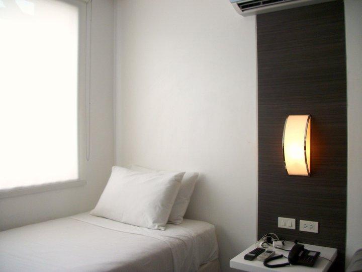 Embarcadero Hotel