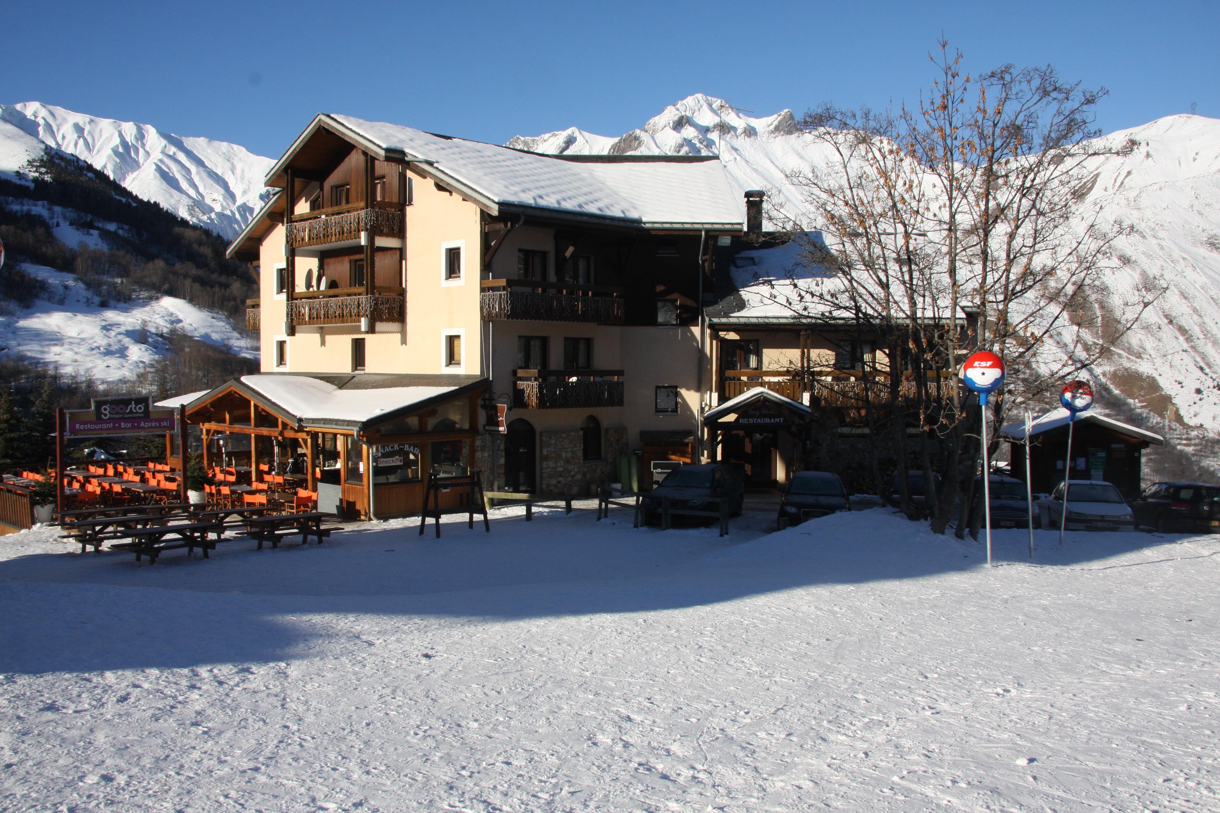 Alp Hotel