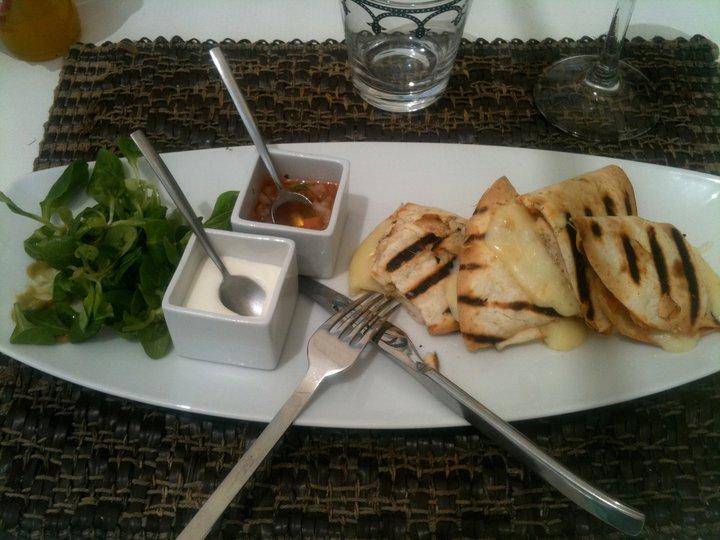OM SHIVA Guest House & Restaurant