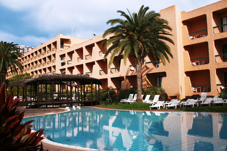Dom Pedro Garajau Hotel