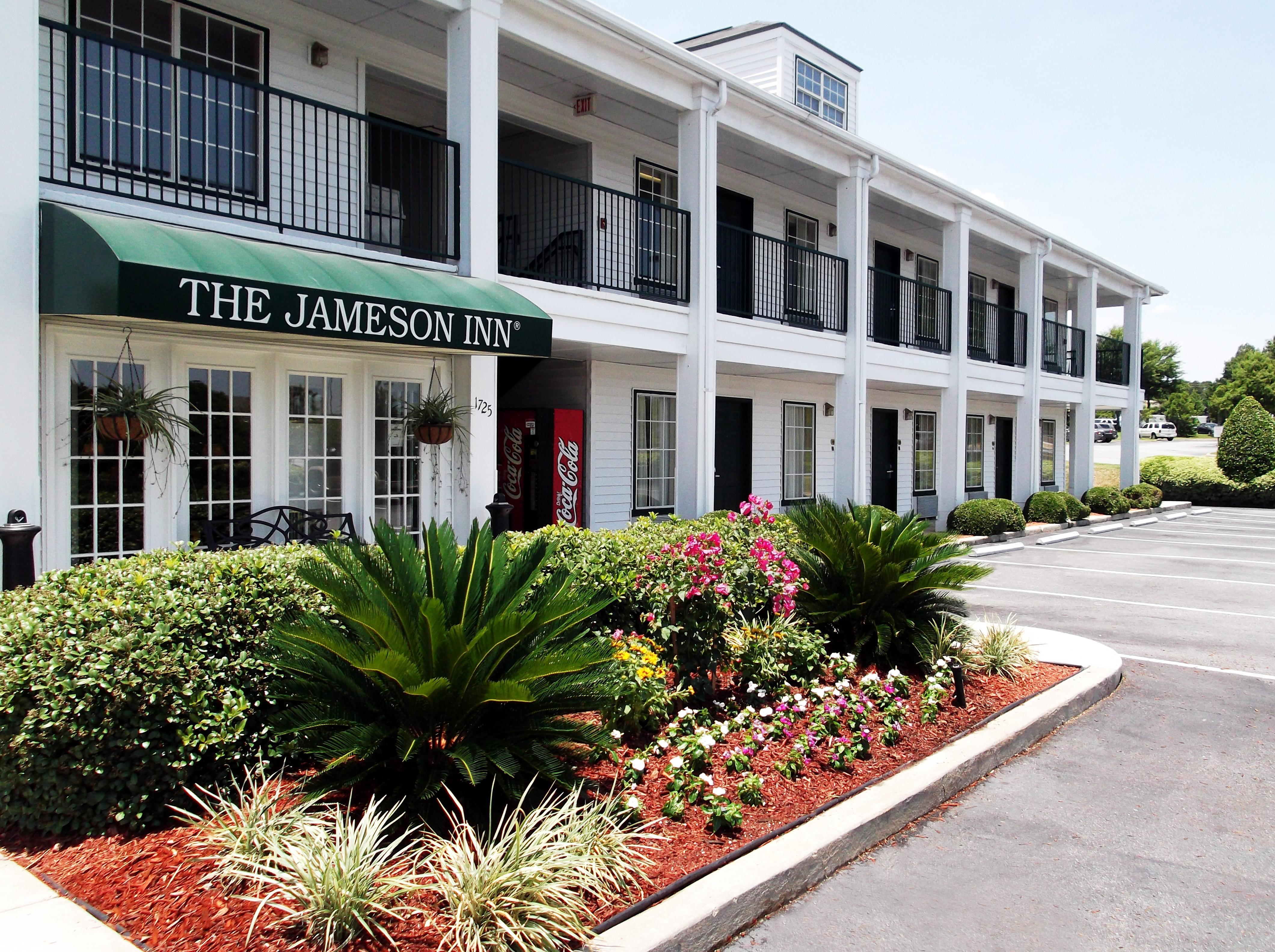 Baymont Inn & Suites Valdosta/At Valdosta Mall