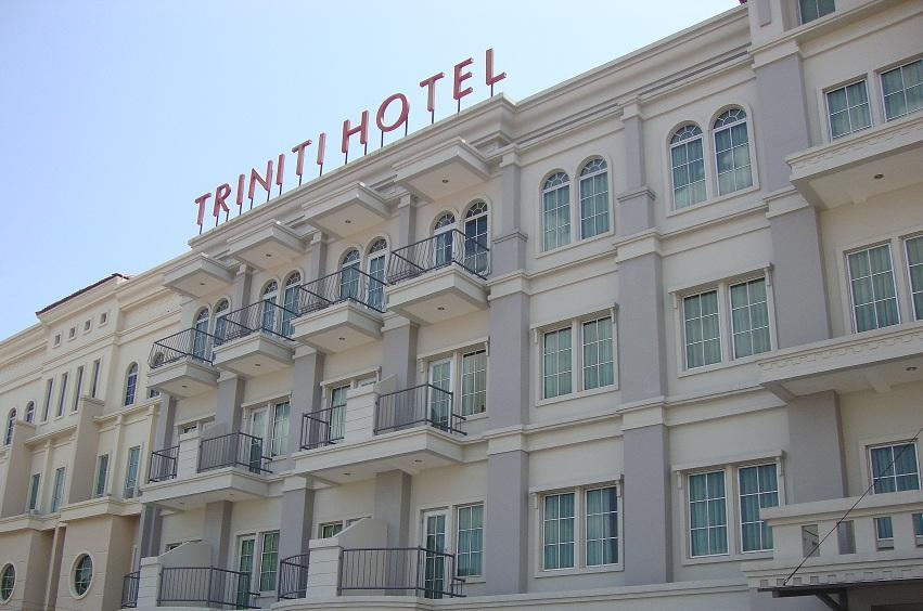 巴淡島三位神酒店