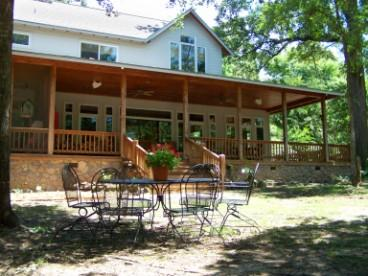 Oak Manor Bed & Breakfast/Pine Grove Cottages