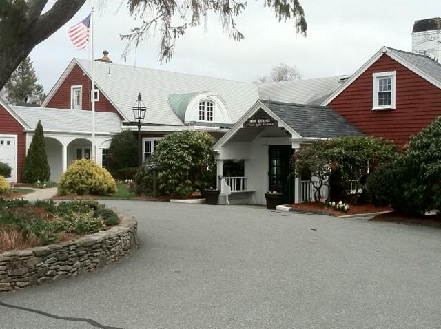 The Coonamessett Inn