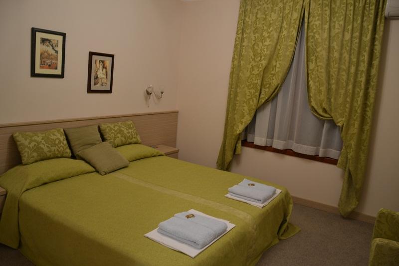 Cvetni Konaci Hotel