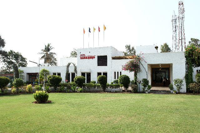 Hotel Sadanand
