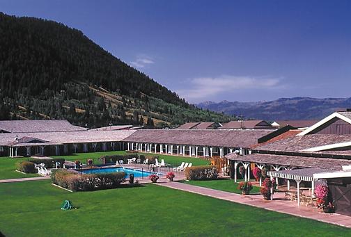 Virginian Lodge