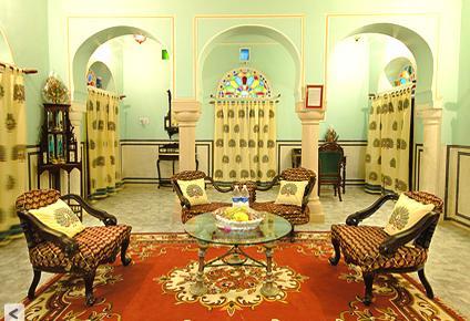 Pachewar Garh Hotel