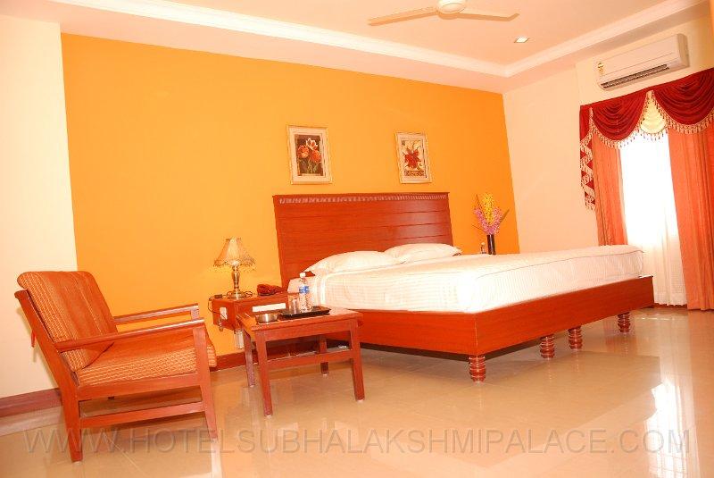 Hotel Subhalakshmi Palace
