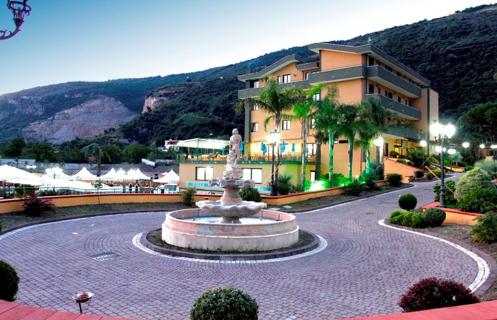 Villa Lina S.r.l.