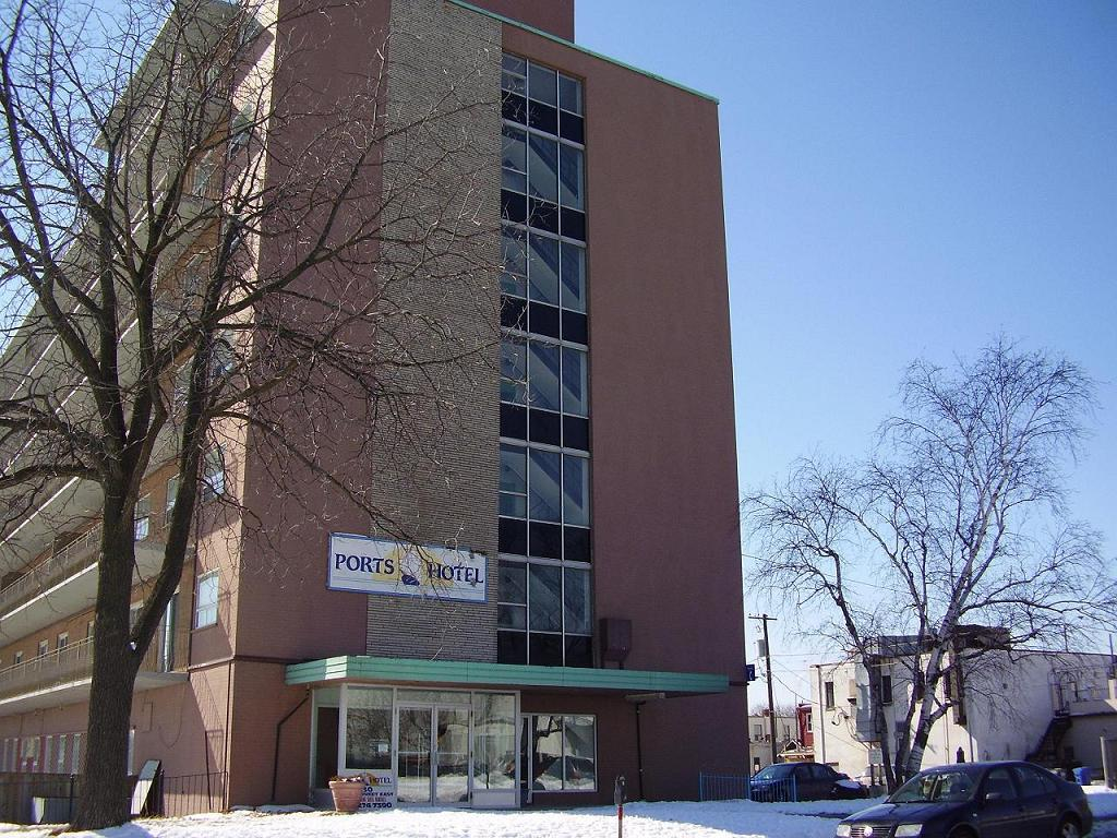 Ports Hotel