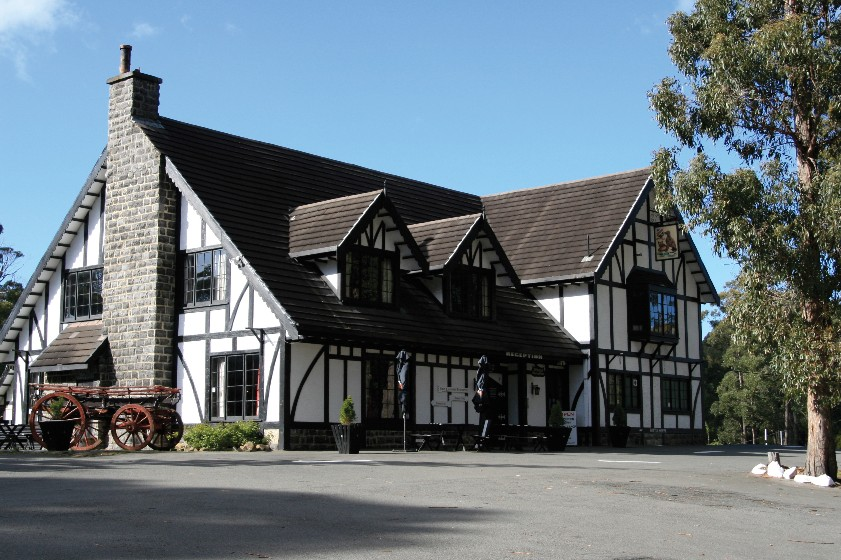 The Fox and Hounds Inn