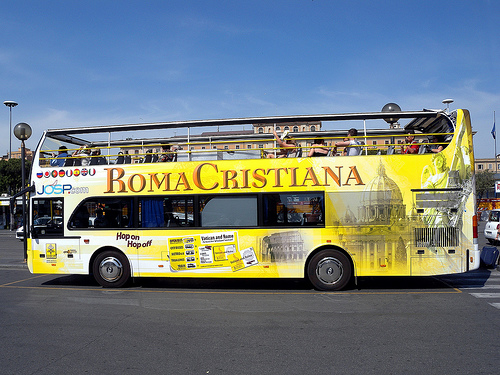 ‪Roma Cristiana Hop On Hop Off Bus‬