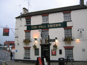 ‪The Pall Tavern‬