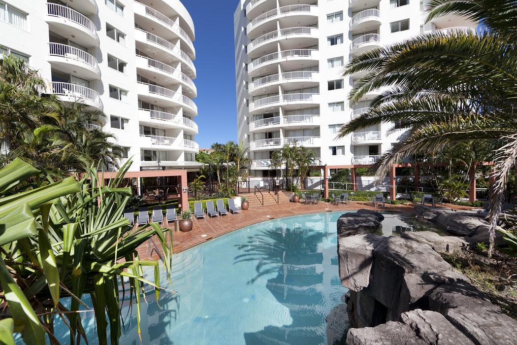 Australis Sovereign Hotel
